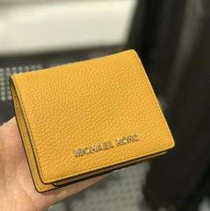 Michael Kors Carryall SM Coin Leather Wallet Yello